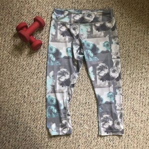 dc502c1eb18cf Aspire Pants | Nwt Black Gray Camo Leggings | Poshmark